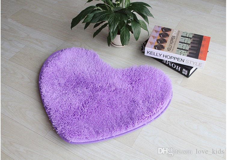 Wholesale-50*60cm Plush Soft Shaggy Non Slip Absorbent Bath Mat Bathroom Shower Rugs Carpet Heart Shape Mats