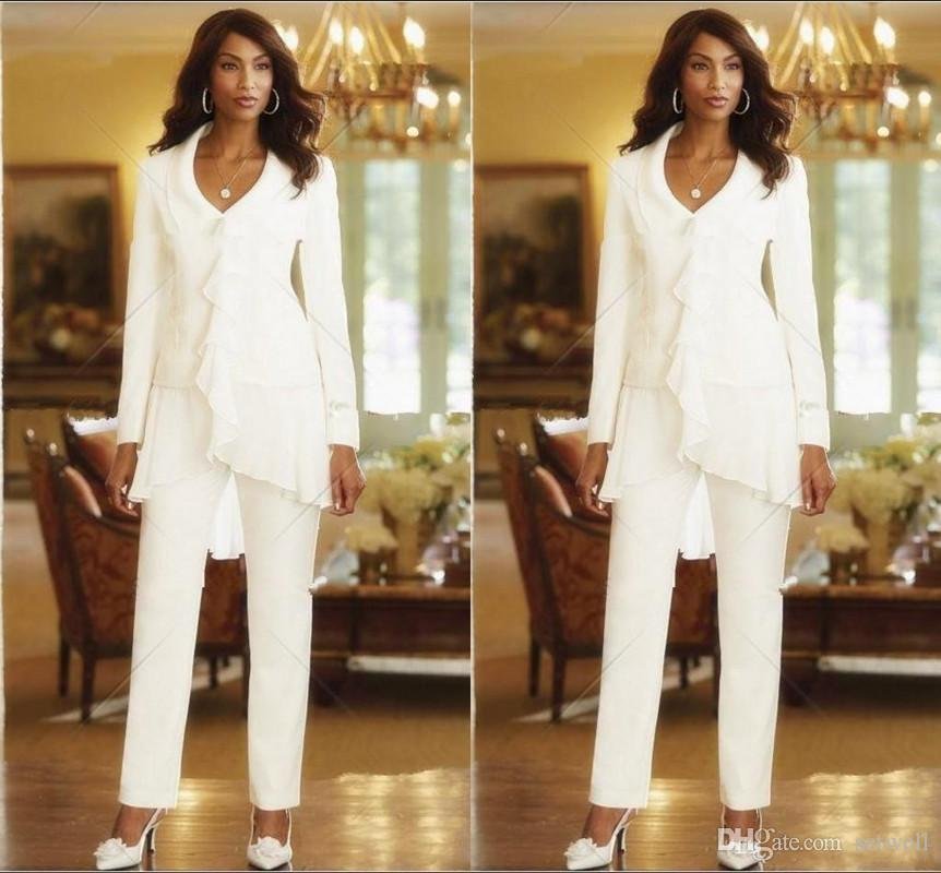2018 Elegant White Chiffon Mothers Pant Suits Custom Made Ruffles Mother of the Bride Gowns Long Sleeves Summer Formal Jumpsuits