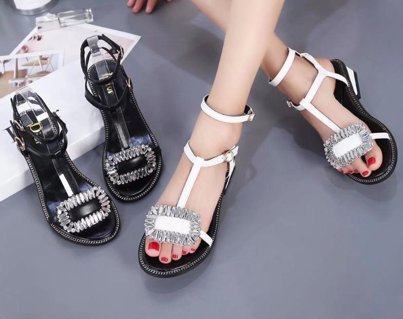 26ab54a05aace5 2018 Shoes Fashion Word Double Buckle Sandals Bead Summer Black Flip Flops  For Women 39 S Heel 2.5cm Oily Skin Rhinestone Wedges Summer Sandals Men  Sandals ...
