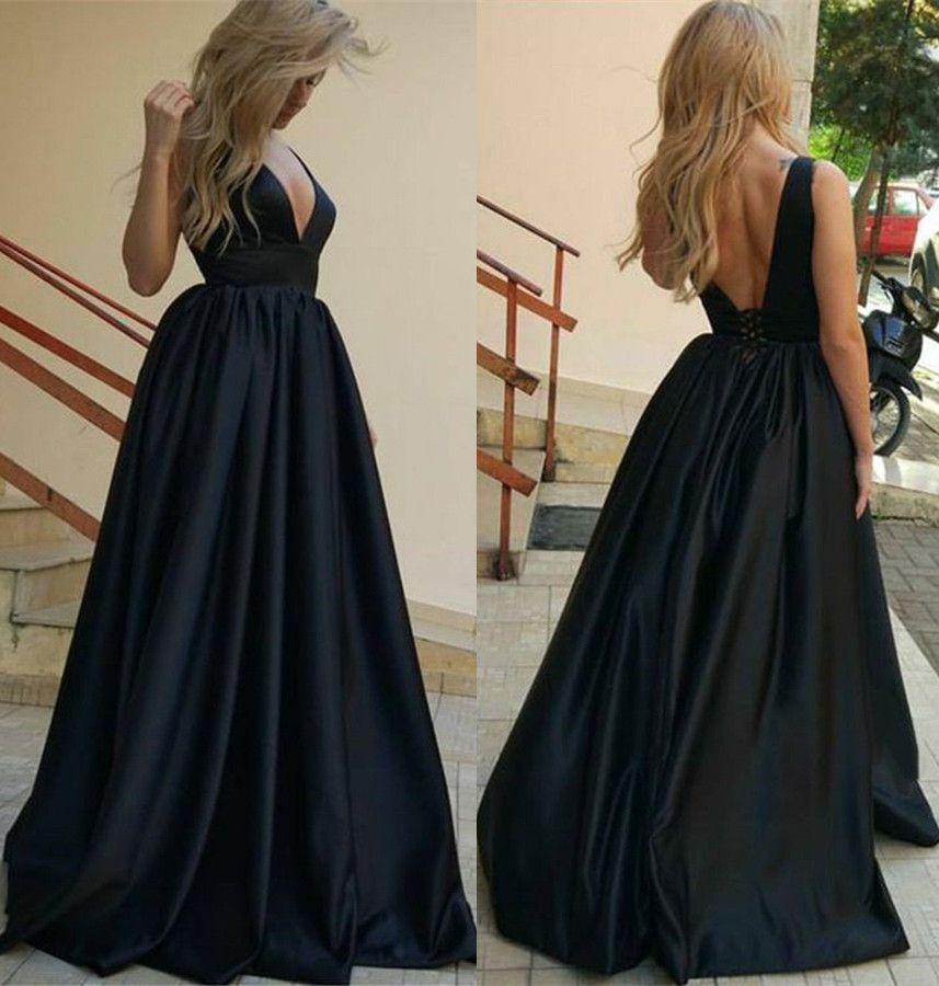 903b1e8534 Deep Low Cut V Neckline Dark Navy Long Prom Dress With Corset Back  Consignment Prom Dresses Crazy Prom Dresses From Fuchisabridal