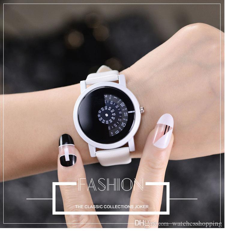 bed470b29dd Compre Design Criativo Relógio De Pulso Câmera Conceito Simples Especial  Digital Discos Mãos Moda Relógios De Quartzo Para Homens Mulheres De ...