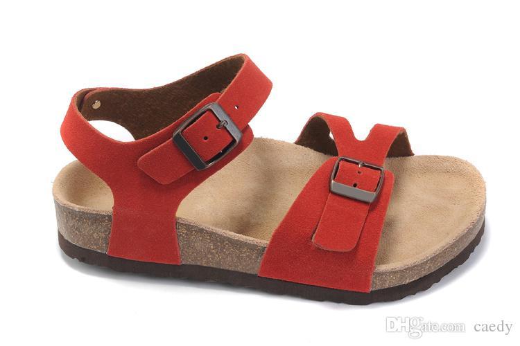 Nouvelle arrivée mode des femmes sandales, pantoufles de plage femme d'été 100% haute qualité Taille: 35 - 40
