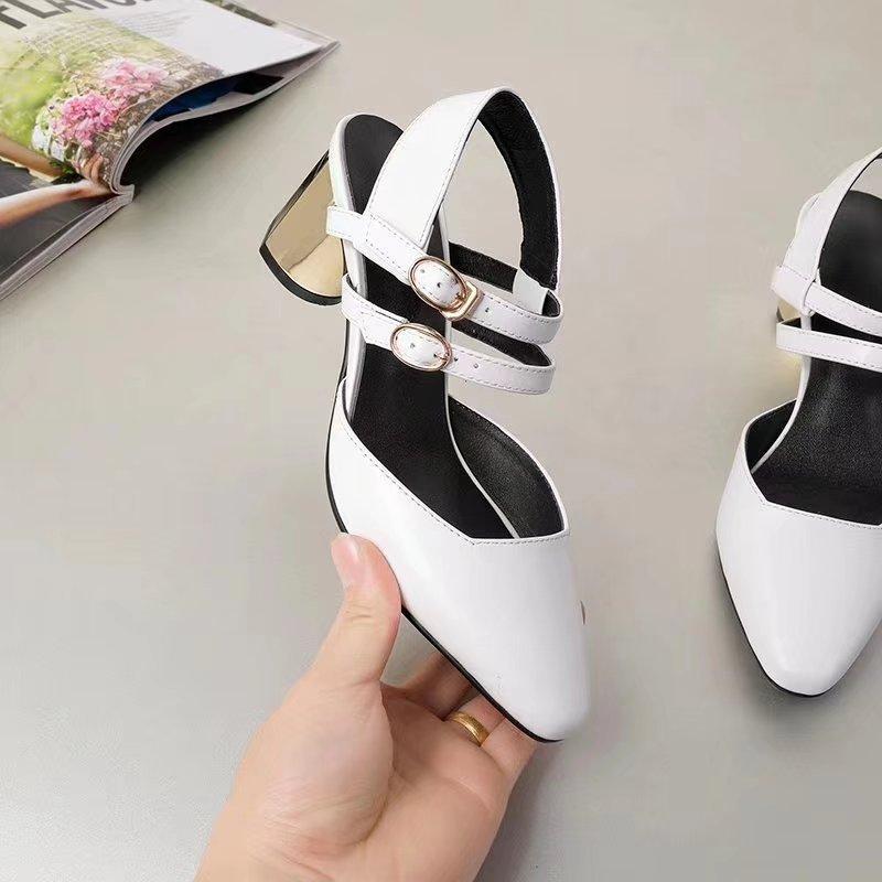 c645ec80d3 Compre 2018 Nova Europa Primavera Fivela Palavra Áspera Com A Praça Em  Baotou Com Mary Jane Sapatos Sapatos Retro De Mrmeimei