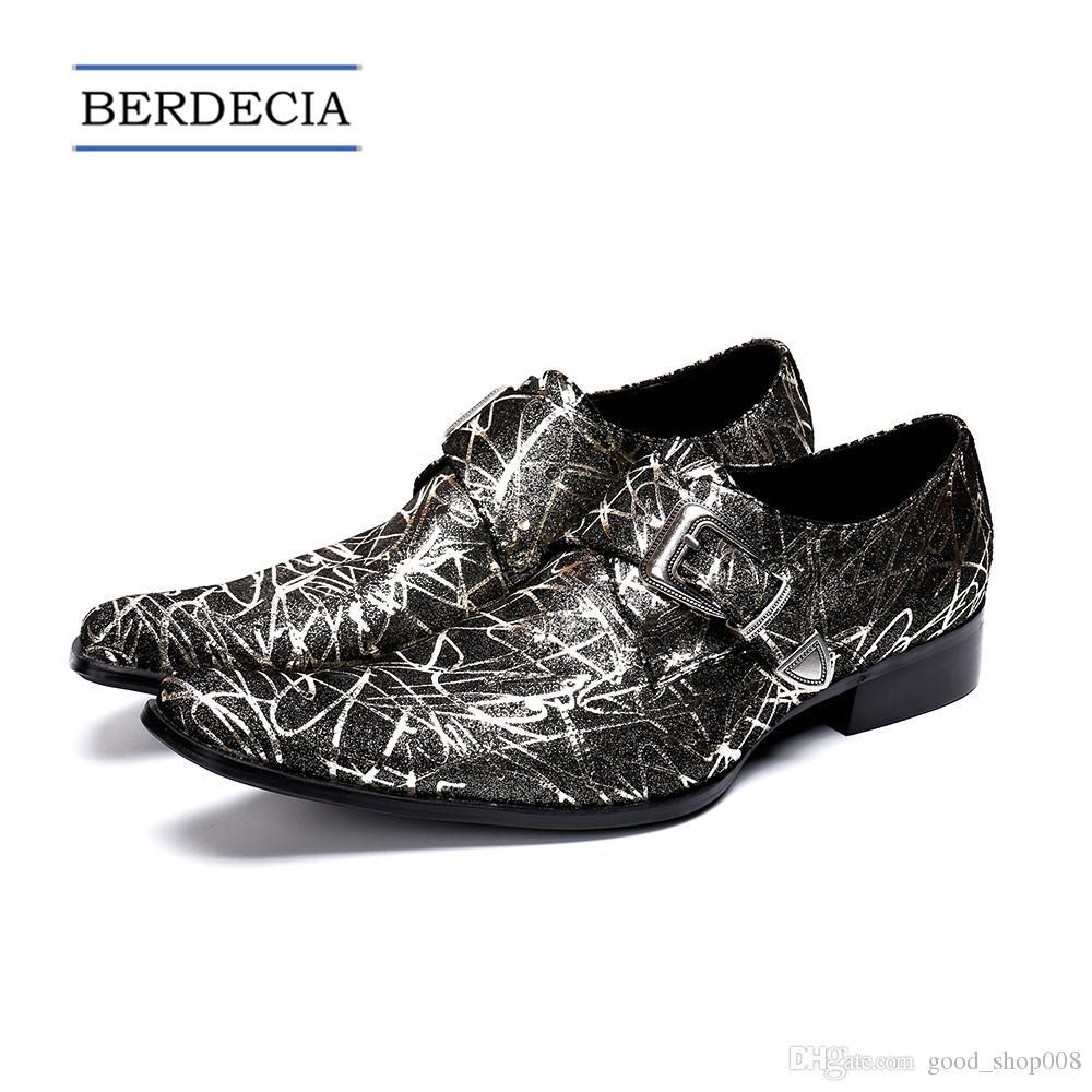 dd05e10f3bc Compre 2018 Diseñador De Los Hombres Italianos De Cuero Genuino Oxford  Zapatos De Impresión Hebilla Monk Correa Zapatos De Plata De Boda De  Negocios De Los ...