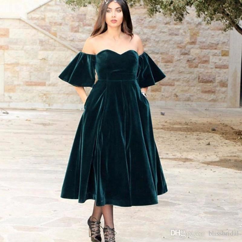 eb1bd22b83c 2018 Dark Green Velvet Prom Dresses Sweetheart A Line Short Sleeves ...