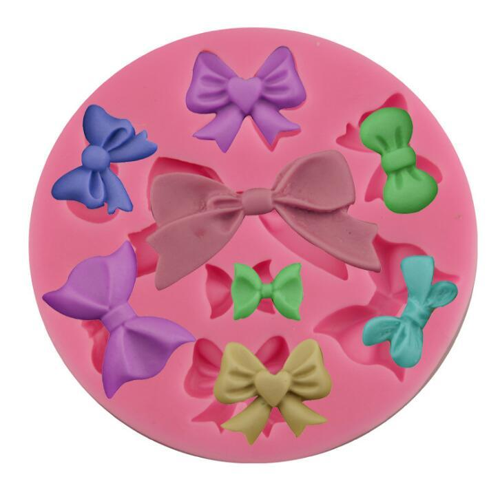 Bow Tie Silicone Mold Food Grade DIY Baking Tool for Chocolate Cake Kitchen Accessories Decorations Fondant 8.8*8.8*0.9cm