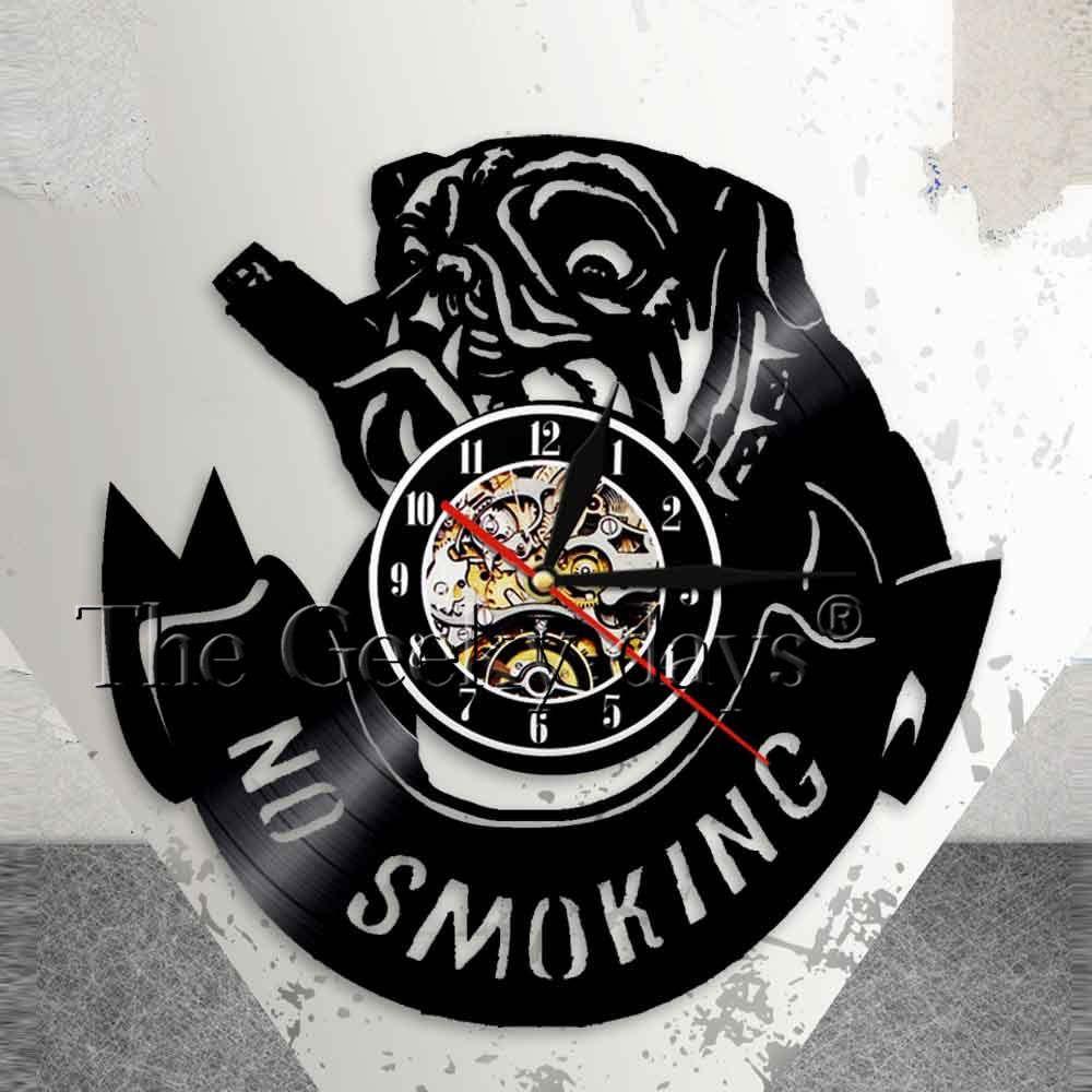 fed29eb74a7 Compre Fumar Bulldog Relógio Pouco Pug Relógio De Parede Do Cão Proibido  Fumar Proibição De Sinal De Vinil Arte Da Parede Bulldog Francês Decoração  Do ...