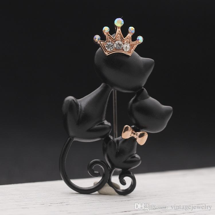 Mysterious Elegant Black Cat Brooch Show Loving Black Double Cat Brooch Sweater Accessories Used by Men and Women YP3310