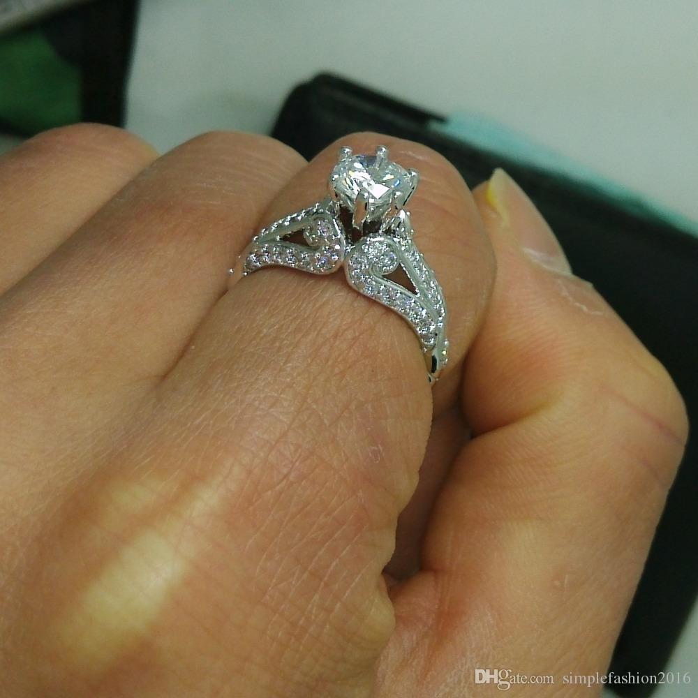 Clásico de lujo anillos femeninos Diamonique Cz anillo de banda de boda de compromiso de oro blanco Comprado para mujeres regalo de navidad tamaño 5-10