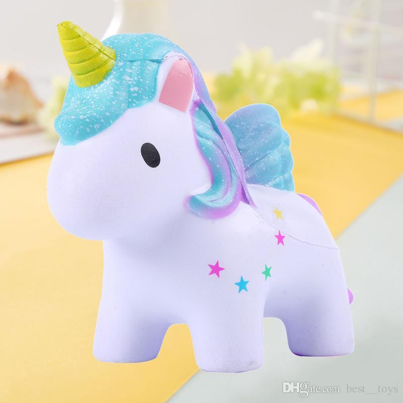 Jouets moelleux Porte-clés Slow Rising Jumbo Kawaii Mignon Coloré Licorne Crémeux Scent pour Enfants Party Toys Stress Reliever Toy