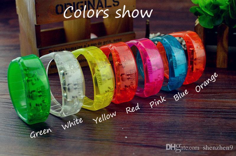 Nouvelle Musique Activé Son Contrôle Led Led Clignotant Bracelet Lumière Up Bracelet Bracelet Party Club Bravo Lumineux Main Anneau bâton OTH911