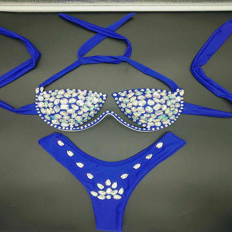 a49a01fcafae 2018 Nuevo Estilo de Bikini de Diamante Conjunto Sexy Mujeres traje de Baño  Push Up Beachwear Rhinestone Biquini Verano Traje de Baño