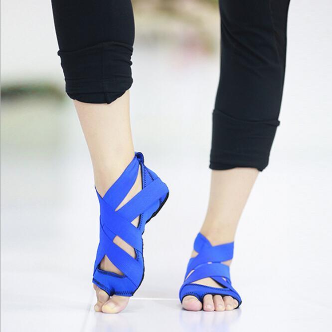 Grosshandel Hohe Qualitat Riemen Yoga Schuhe Silikon Yoga Socken Luft