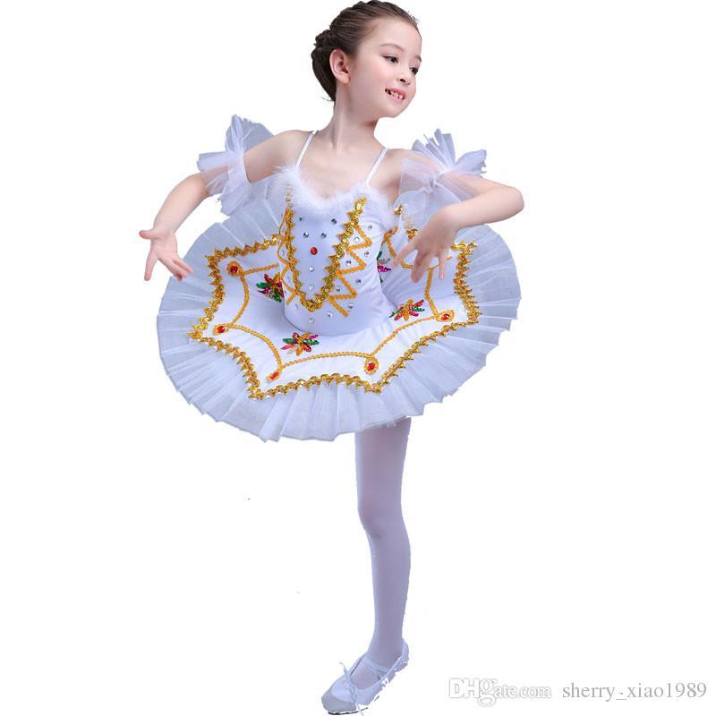 f19542e57dacd Satın Al Profesyonel Beyaz Kuğu Gölü Bale Tutu Kostüm Kızlar Çocuk Balerin  Elbise Çocuklar Kızlar Için Bale Elbise Giyim Dans Elbise 4 Renk 006, ...