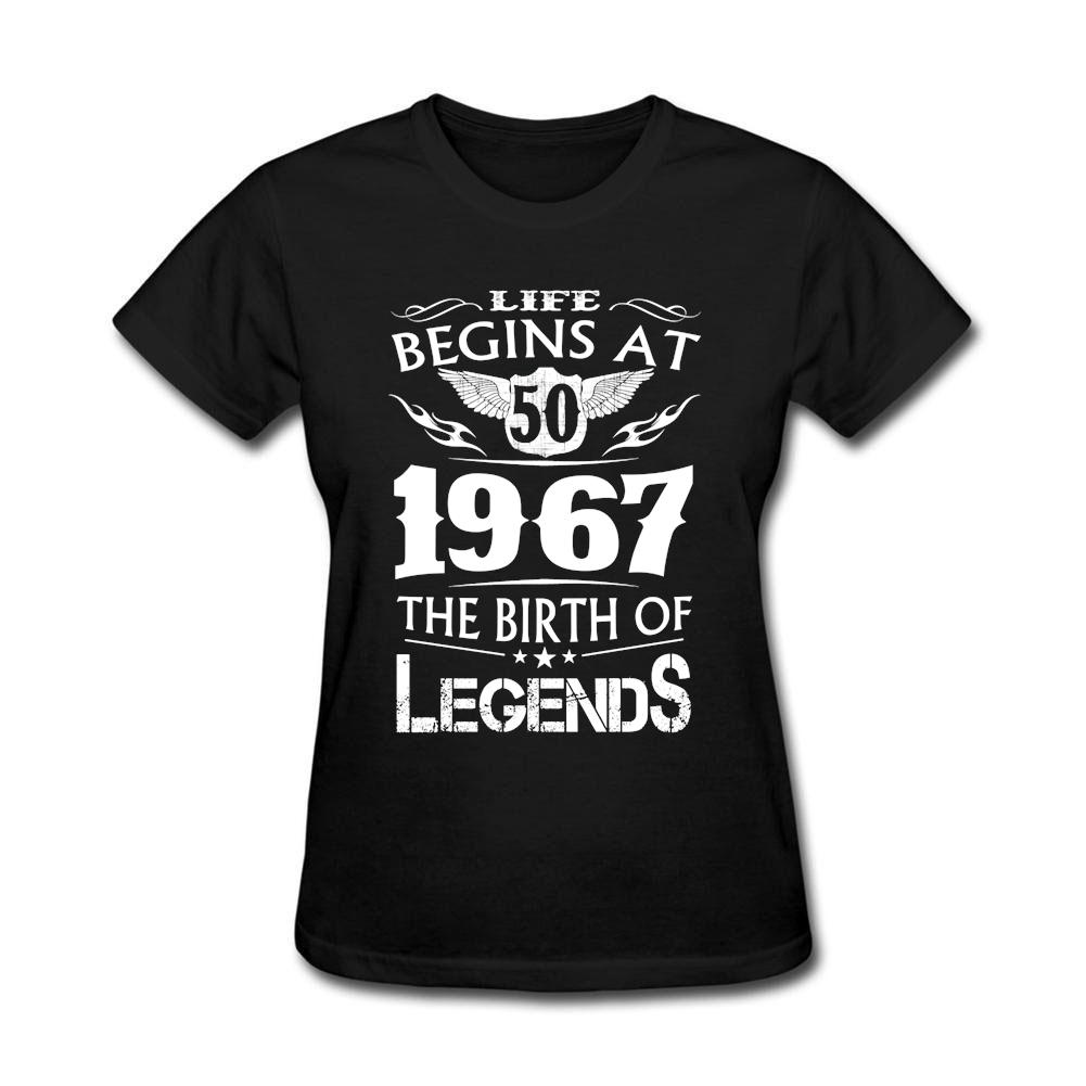 Compre T Das Mulheres A Vida Começa Em 50 1967 Moda Feminina Camiseta O  Nascimento De Lendas Próprias T Shirts Menina Camiseta De Fugarstore 08bc3196dcc