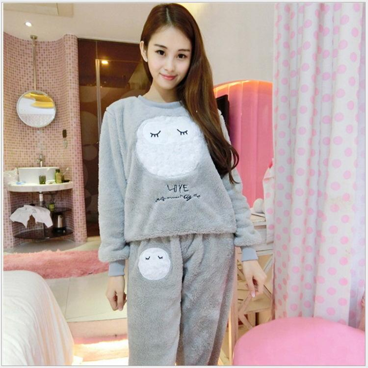a578b5202e 2019 Coral Velvet Winter Women Pajama Set Female Flannel Warm Sleepwear  Mujer Cute Cartoon Letter Print Home Clothes Winter Warm Suit D18110501  From ...