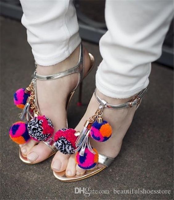 Moda Yüksek Kalite Siyah Gümüş Sandalia Feminina Metal Stilettos Ayak Bileği Kayışı Seksi Yüksek Topuklu Renkli Pom Pom Ayakkabı Yaz Sandalet ...