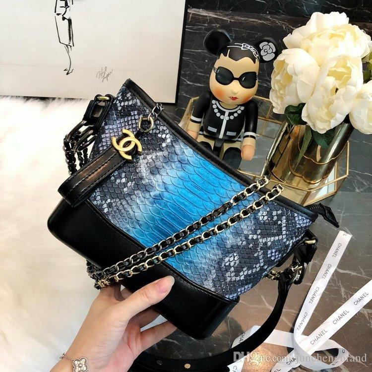 eb2772fc2bfb9 Original Luxus berühmte Marke Designer Handtaschen 2018 Frauen Taille  Schlange Muster Vagrant Taschen Tasche Schulter Kreuzkörper Geldbörsen  Geldbörse 10699