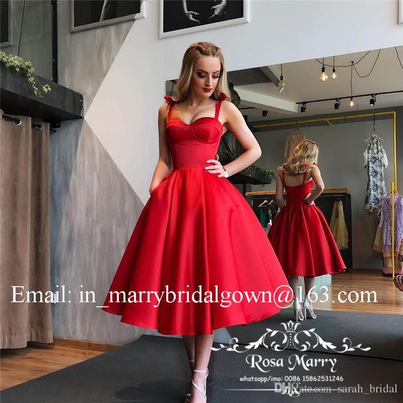 Années 1950 Rétro Rouge Noir Robes De Bal 2020 Une Ligne De Thé Longueur Plus La Taille Pas Cher Satin Court Cocktail Robes De Soirée Avec Des Poches