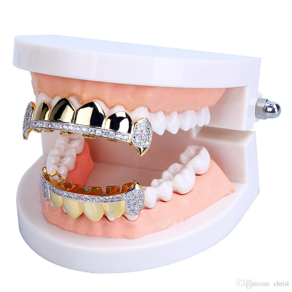 18K Real Gold Teeth Grillz Caps Iced Out Top Bottom Vampire Fangs Dental Grill Set al por mayor