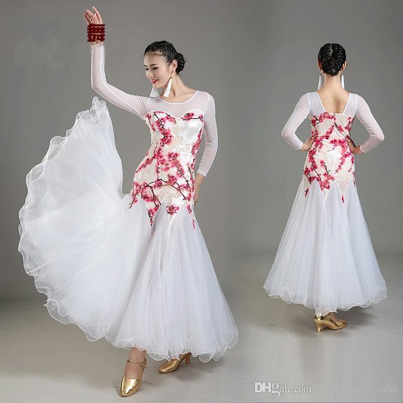 cc728cb143 2019 Purple Ballroom Dress Women Ballroom Waltz Dresses Lady Ballroom Dance  Clothes Waltz Dance Costumes Dance Wear Flamenco Dancewear From  Dancingqueen88
