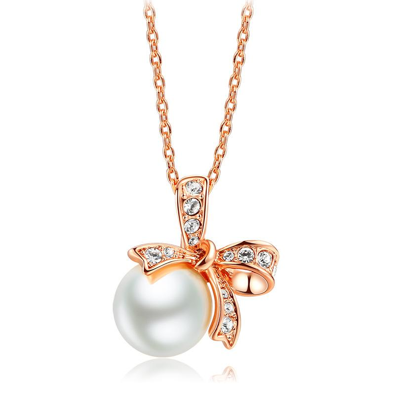Gioielli di perle Bowknot Shape Pendant Necklace Women Crystal Zircon Chain Necklace Jewelry For Women Party Brithday Gifts