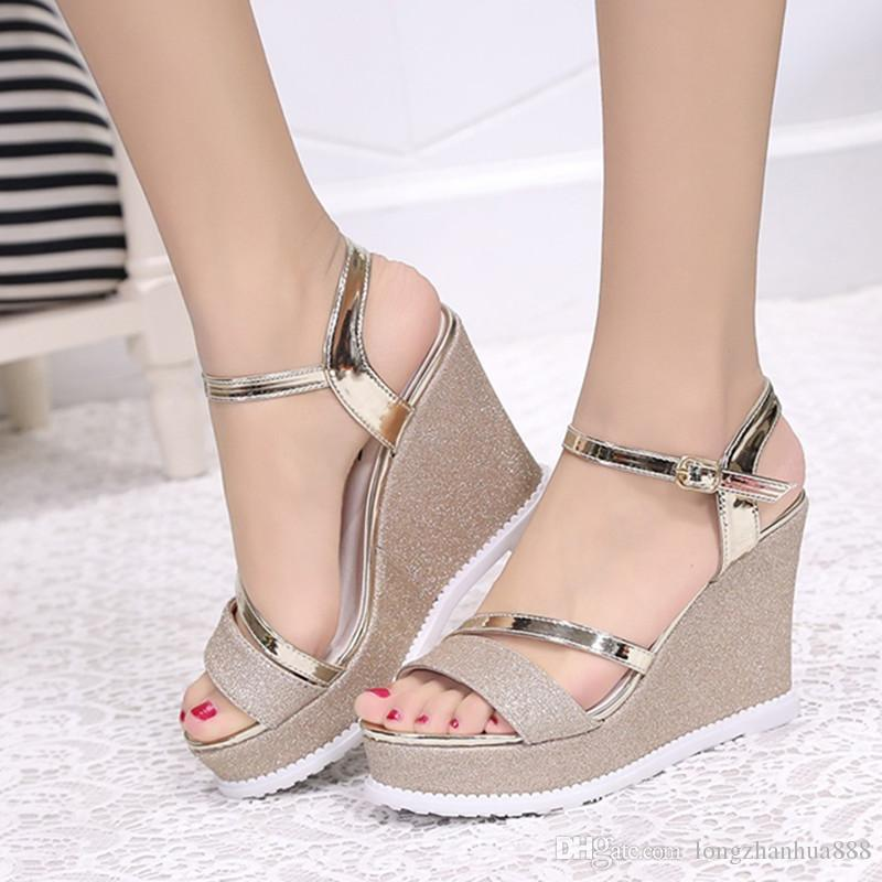 e91b5fa81 Sandalias Romanas Zapatos para Mujer Dedo del Pie Medio Tacón Tipo T Hebilla  Versión Coreana Estudiante