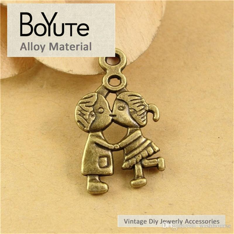 BoYuTe  16*27MM Antique Bronze Plated Metal Lovers Pendant for Findings Accessories Parts Vintage Necklace Diy Hand Made