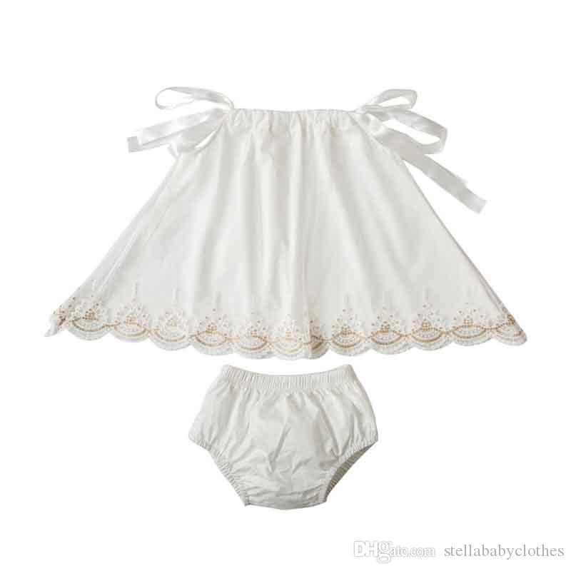 2018 New Style Europe Baby Girls Clothing Set Pillow Sleeve Top Bloomer Set for Kids Fashion Party Gold Lace Trim Swing Girls Clothes