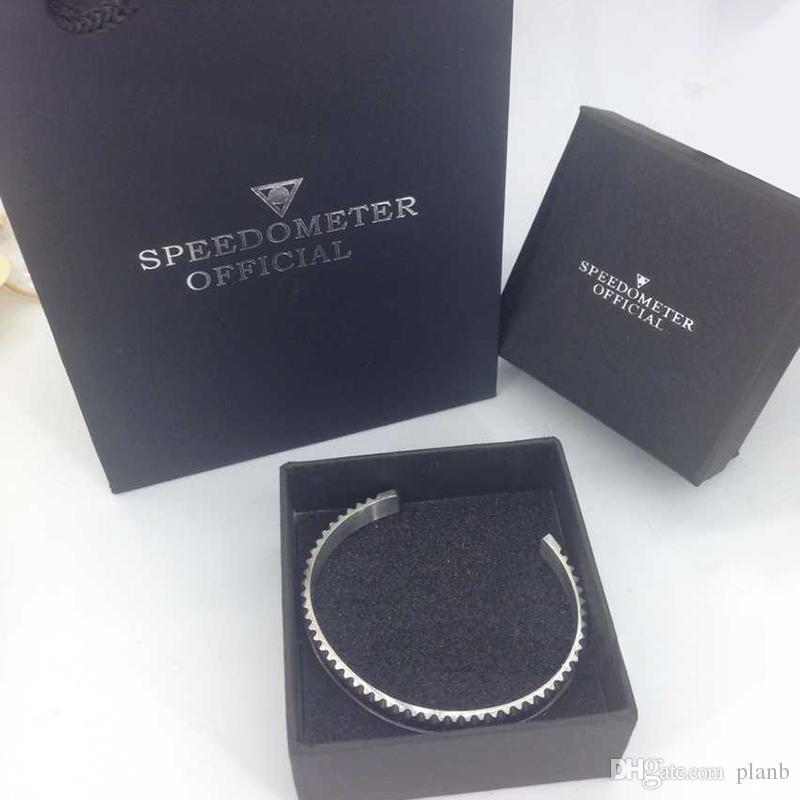 De luxe Montres De Style Style Cuff Bracelet De Haute Qualité En Acier Inoxydable Hommes Bijoux De Mode Bracelets De Fête pour Femmes Hommes avec Boîte de détail