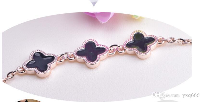 New jewelry clover bracelet female Japanese and Korean version of sweet jewelry couple accessories birthday gift