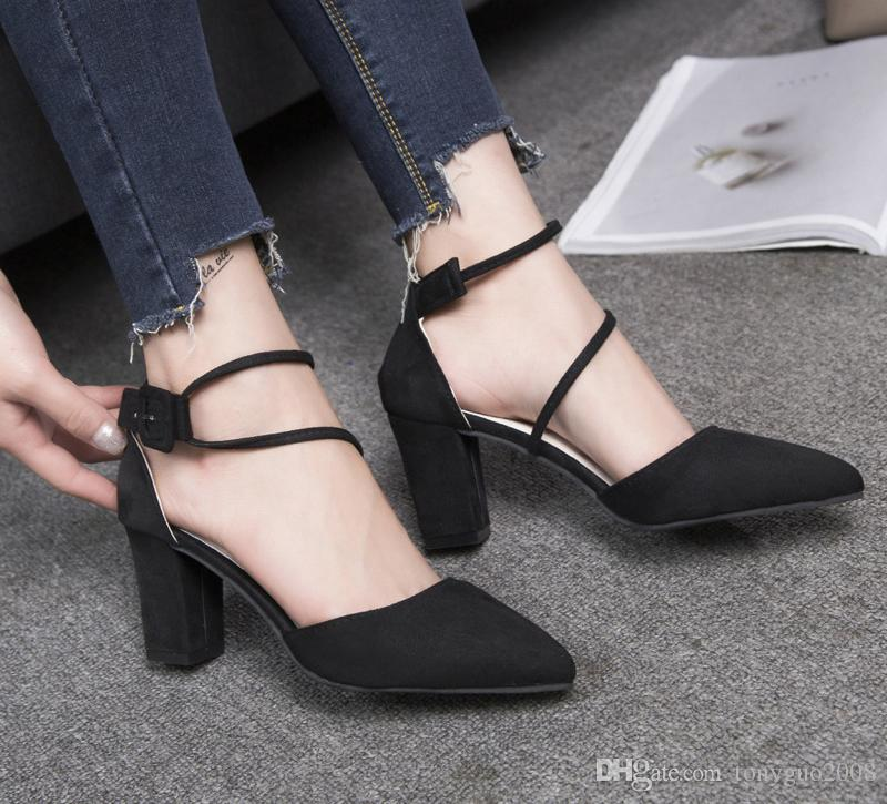 European and American new style, high heel, thick heel, big code, women's shoes, sandals, a word belt, sandals.