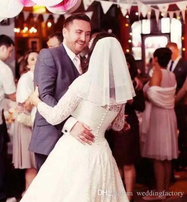 Billig Eine Schicht Brautschleier mit Kamm Schulterlangen Tüll kurze Hochzeitsschleier Braut Accessaries weiß Elfenbein Champagner schwarz