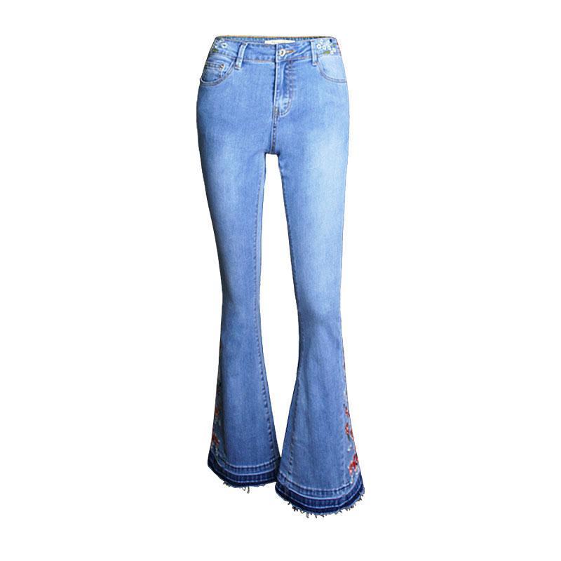 Compre Pantalones Acampanados Mujer Jean 2018 Jeans Bordados De Mezclilla  De Moda Cintura Media Stretch True Pantalones Mujeres Borla Streetwear  Pantalon ... 33ac8fa6f44f