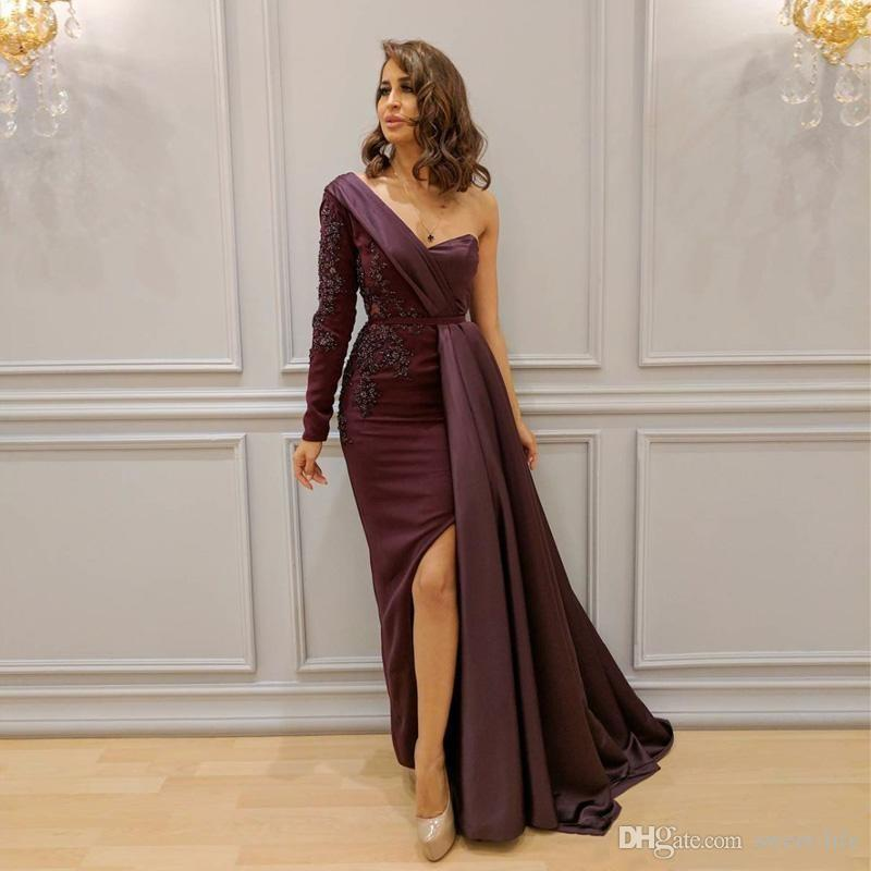2018 Burgundy Arabic Dresses Evening Wear One Shoulder Side Split Formal Prom Gowns Lace Applique Beaded Long Sleeve Party Dress