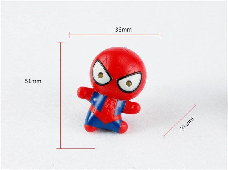 Süper kahraman Batman Iron Man Örümcek Adam Superman Kaptan Amerika Anahtarlık Mini Action Figure Oyuncaklar LED Işık Anahtar Zincirleri Yüzük Moda Bırak Gemi