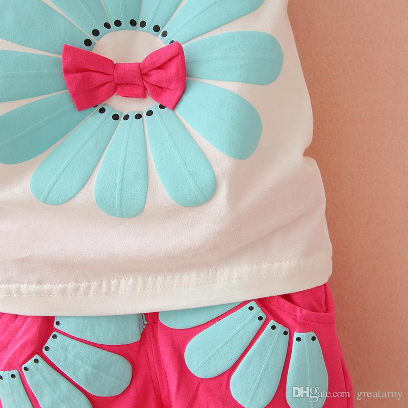 Sıcak satış sevimli kız bebek çocuk çiçekler üstleri gömlek + pantolon şort 2 adet / takım yaz kıyafetler giysi yüksek kalite
