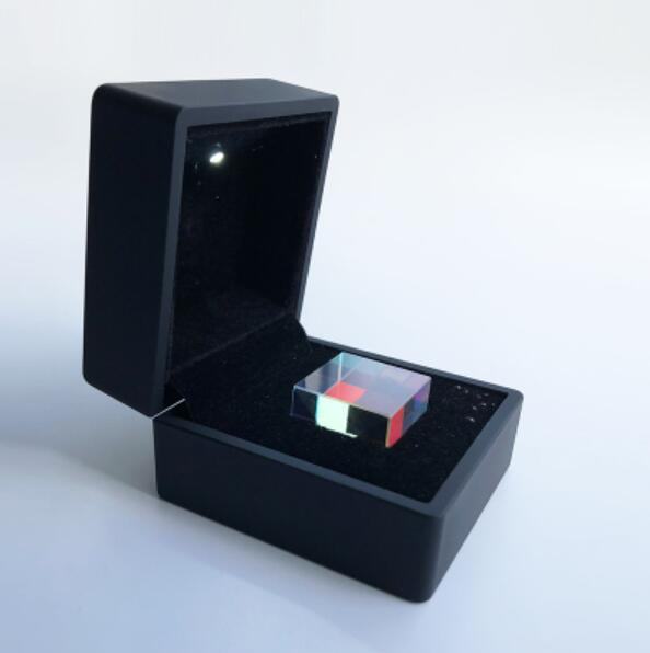 2.2cm Magic Clear Cube Colorful Light Square Blocks Giocattoli - Killing Time EDC Toy Mini Crystal Birthday Gift - Black Box Packing