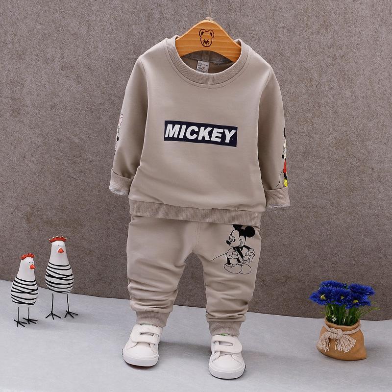 Acquista Primavera Autunno Neonati Maschi Vestiti T Shirt E Pantaloni A  Maniche Lunghe 2 Pezzi Cotone Abiti Bambini Set Di Abbigliamento Toddler  Brand Tute ... aff6acc5d73