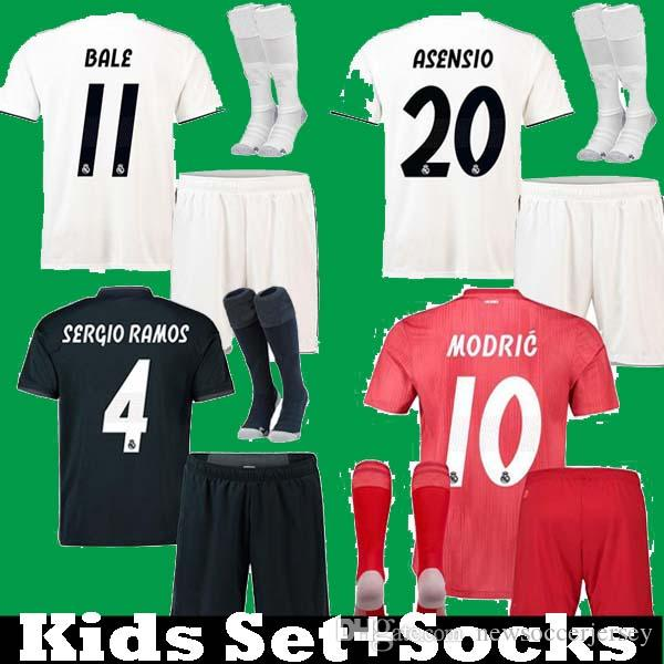 278984116 Großhandel Kinder Kinder 2018 2019 Real Madrid Jungen Ronaldo KROOS ASENSIO  SERGIO RAMOS Fußball Jerseys Kits 18 19 Jugend ISCO MARCELO Bale Fußball  Shir ...