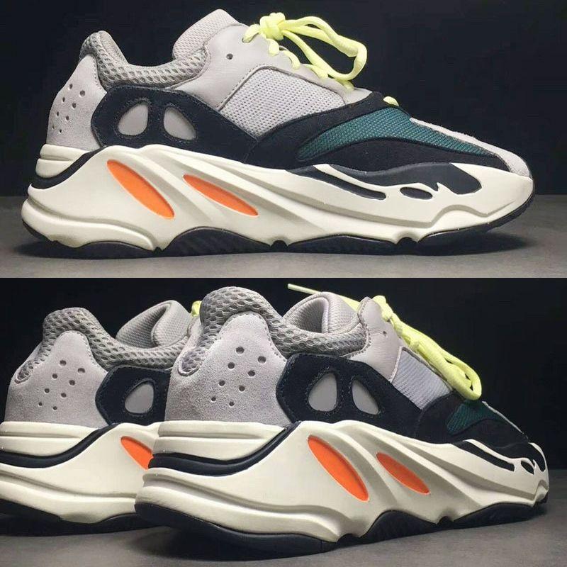 Acquisti Online 2 Sconti su Qualsiasi Caso adidas 700 scarpe