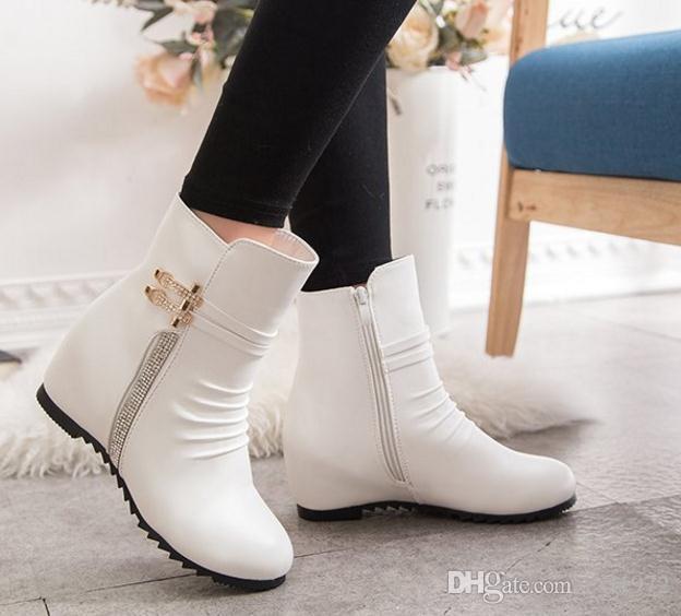 Art und Weiseexplosiondiamant wilder kurzer Stiefel runder Kopf erhöhte Martinstiefel Herbst und Winter die Stiefel der neuen Frauen
