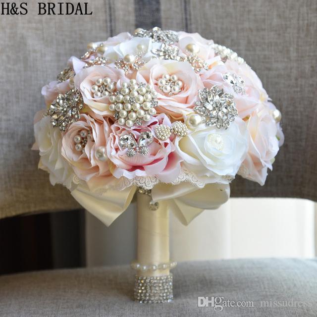 Bouquet Sposa Rotondo.Bouquet Da Sposa Rotondo Blush Bouquet Da Sposa A Goccia Bouquet Di Spille Bouquet Da Sposa In Cristallo 2017 Abiti Da Sposa