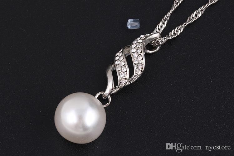 Luxus Brautschmuck Set Simulierte Perlenkette Strass Chamrs Ohrringe Set Spirale Schmuck Set Für Lady Girl Choker