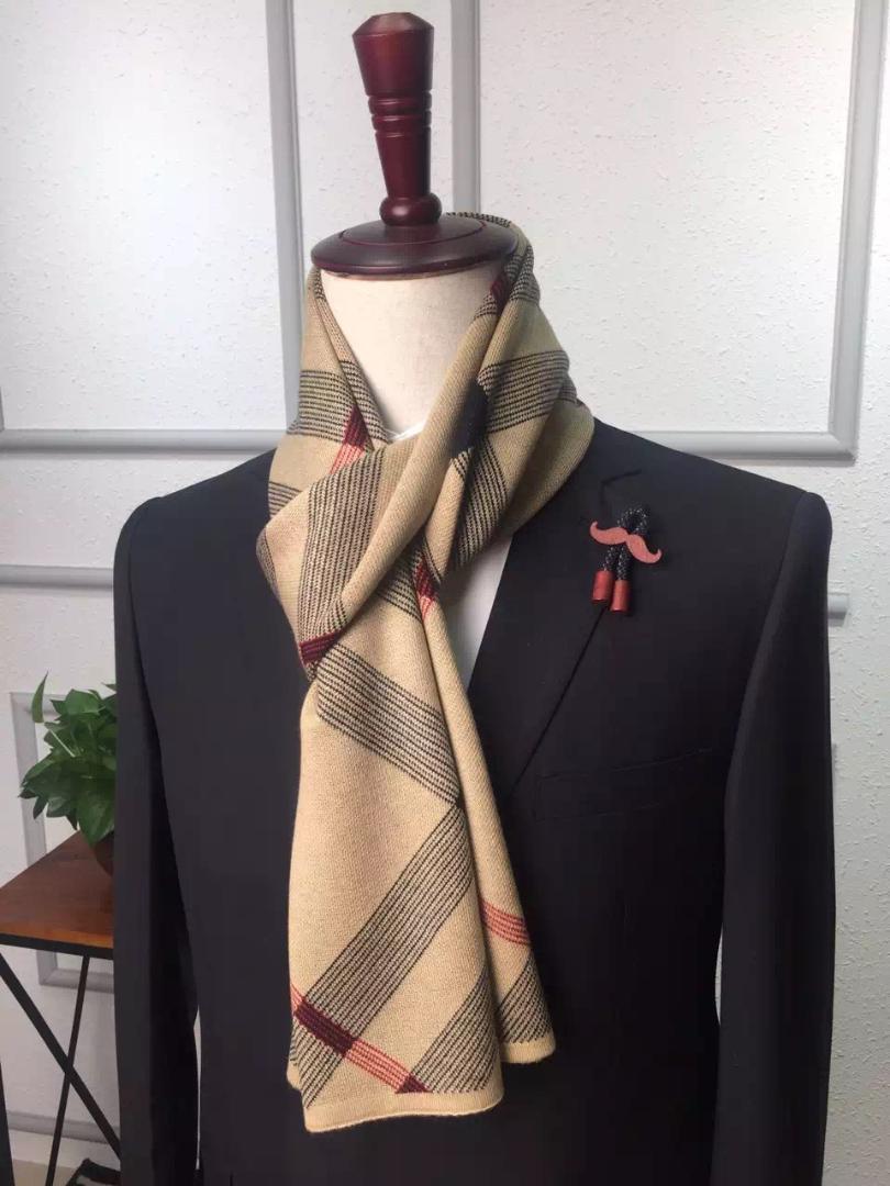 nuovo prodotto 3cb8e bdb2c Sciarpa uomo inverno 2018 Sciarpa scozzese Sciarpa di lana Sciarpa collo di  cachemire Lana Ordito Caldo Autunno Foulard 180 * 30 cm