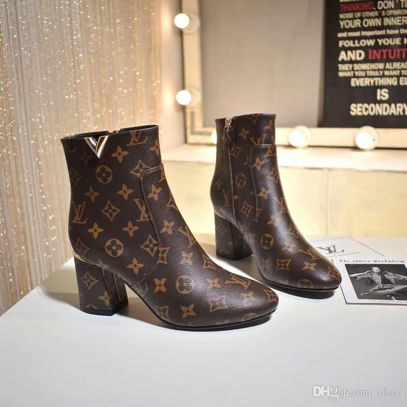 edc1495836e 18ss Luxury Brand Designer Boots France Luxury Brand Women Short Boots  Genuine Leather Winter Flat Shoes