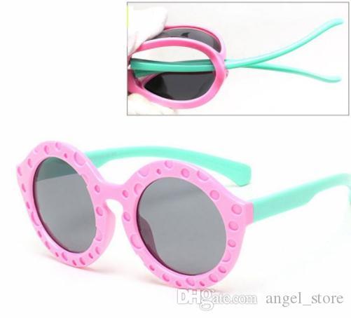TAC детские солнцезащитные очки поляризованные ребенок открытый защитные очки  Солнцезащитные очки Круглые гибкие резиновые очки Oculo Infantil 8102 52fdd149c3f