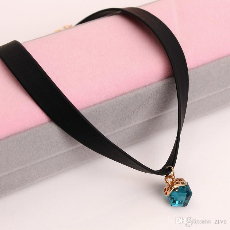South Korea version simple neck collar short Harajuku Necklace Necklace Jewelry clavicle Gemstone Pendant female leather rope