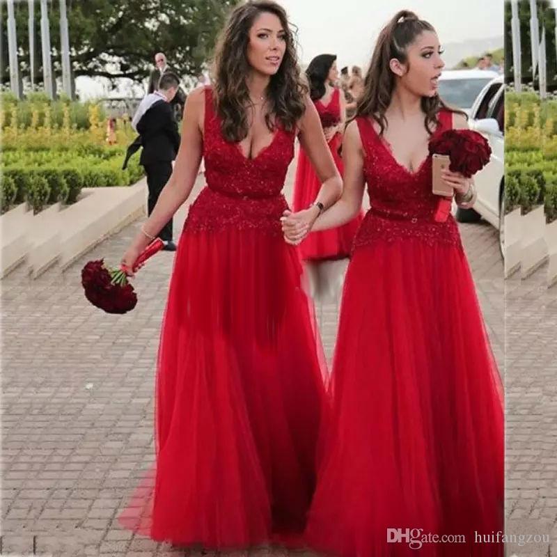 78113e2d6d Compre Vestidos De Dama De Honor De Color Rojo Largo Y Modesto Apliques De  Encaje Con Cuello En V Vestido De Fiesta De Tul Con Cuentas Vestido De Dama  De ...