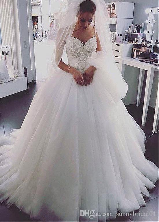 2018 Beach Summer Boho Wedding Dresses Sexy Backless Spaghetti Straps Floor Length Wedding Bridal Gowns Bohemian Formal Dresses For Wedding